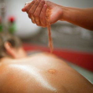 Kizhi – A Beneficial Ayurveda Therapy Gaining Popularity at The Spa Resorts in Canada