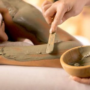Are you looking for Body Wraps? Enjoy at the Spa Getaway in Ontario by Northumberland Heights